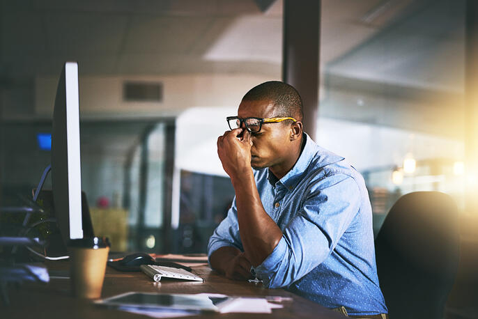 How to Deal With Difficult Employees (+5 Tips)