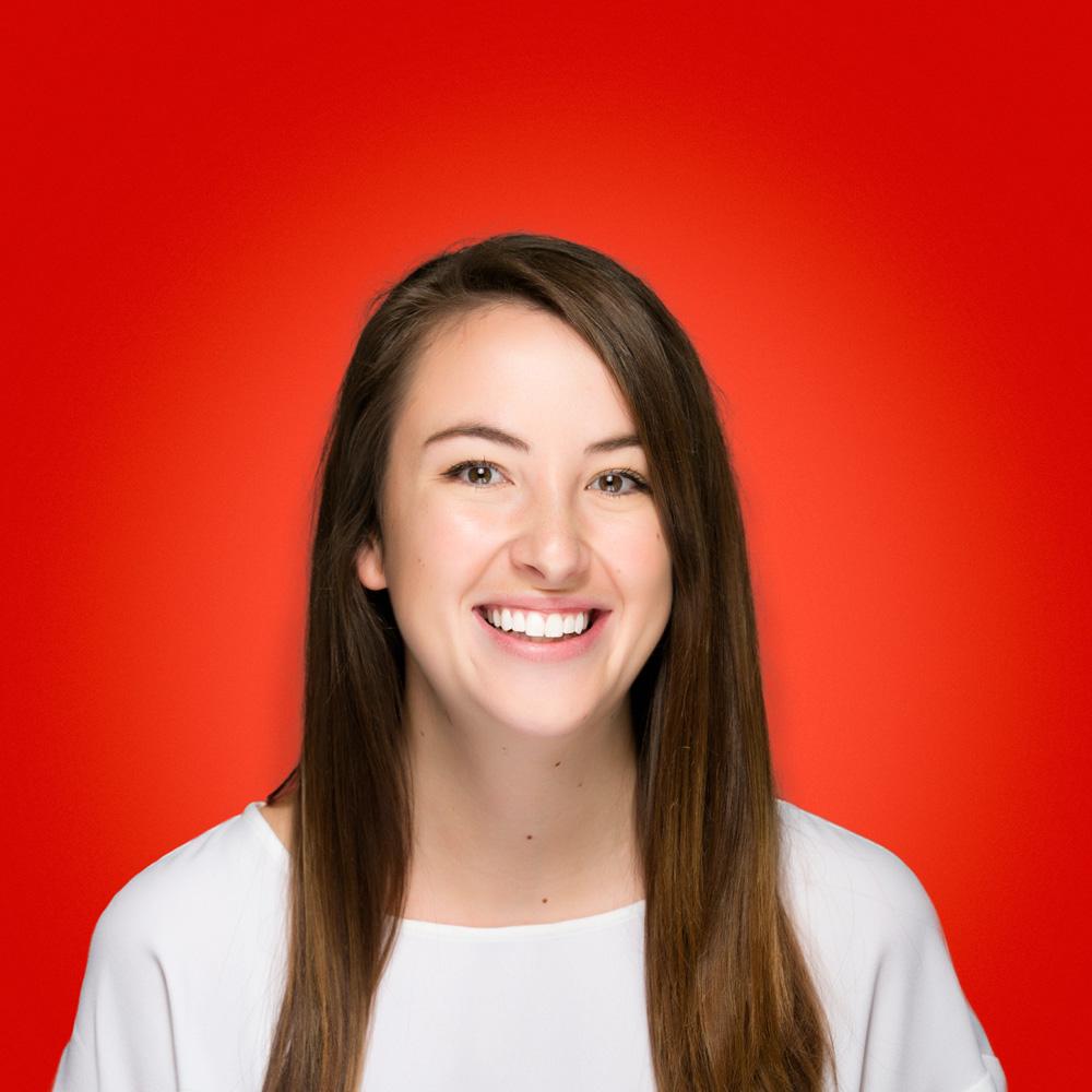 Holly Hunt Headshot
