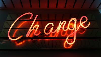 40 Inspirational (and Five Funny!) Quotes to Help Manage Change