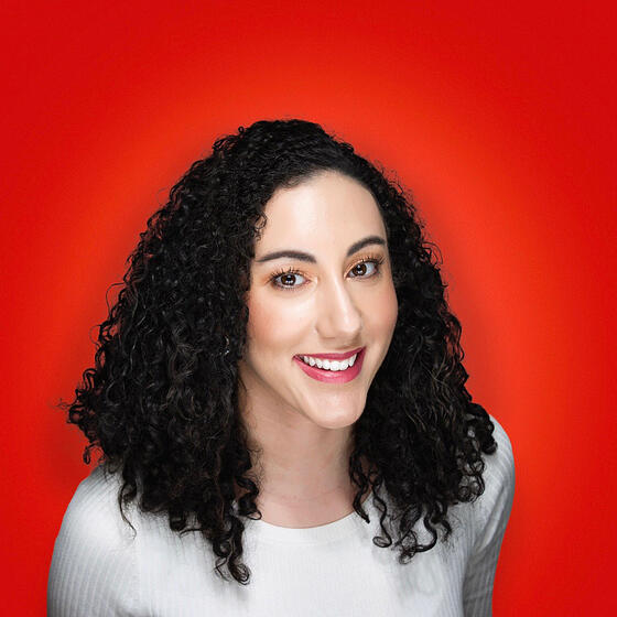 Mara Calvello Headshot