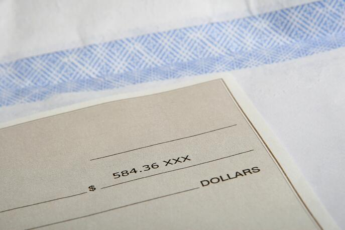 How to Cover Payroll With a Negative Cash Flow