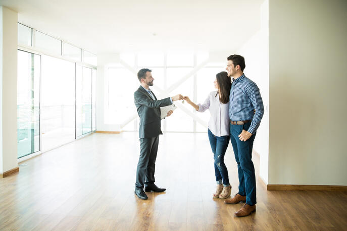 Real Estate Broker vs. Agent: What's the Difference?