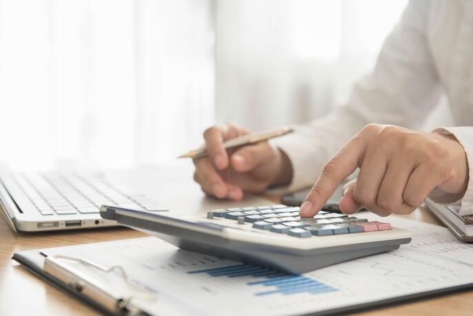 How to Stay Cash Flow Positive All Year Round