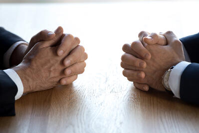 Understanding Conciliation (+How it Differs from Mediation)