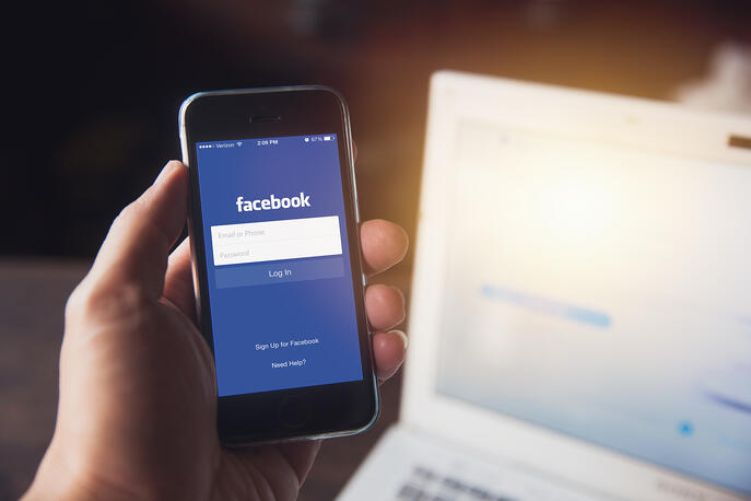 Facebook Lite: What It Is, How to Use It, and Features