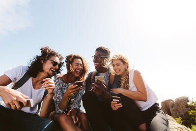 How to Make a Snapchat Group With Your Favorite Friends