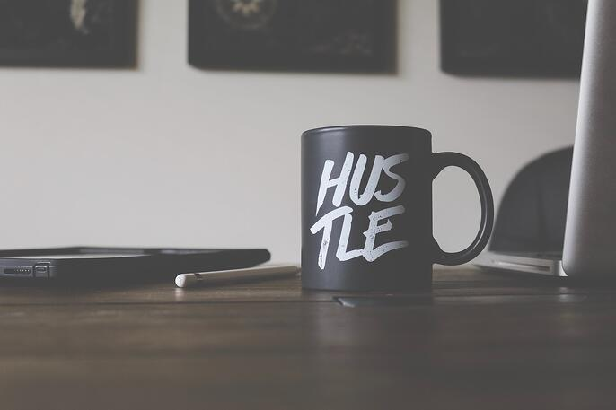 The Complete Guide on Turning Your Side Hustle Into a Full-Time Business
