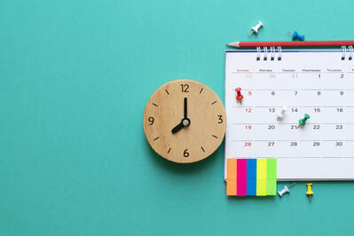 3 Types of Paid Time Off Policies (+How to Choose the Right One)