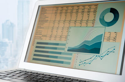 How to Measure Content Marketing ROI (+5 Metrics to Track)