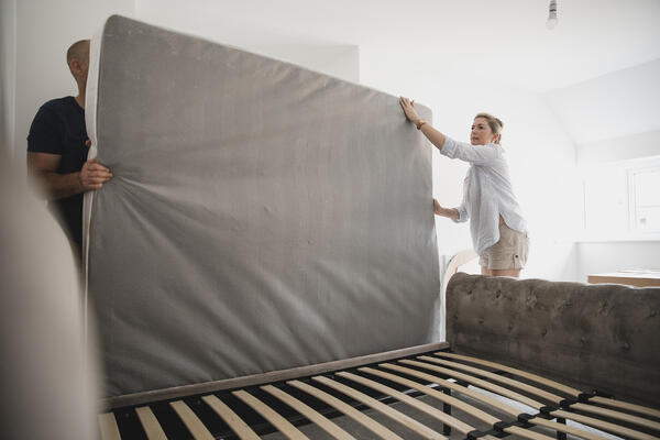 mattress apartment checklist