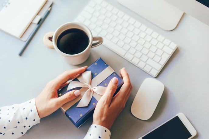 7 Unique Employee Rewards to Boost Team Morale