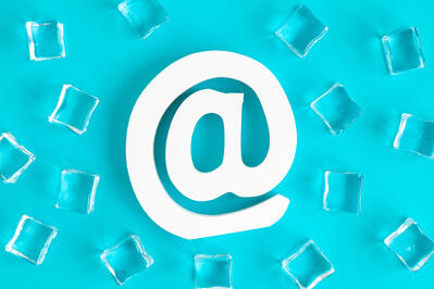How to Structure the Message and Tone of Cold Email Campaigns