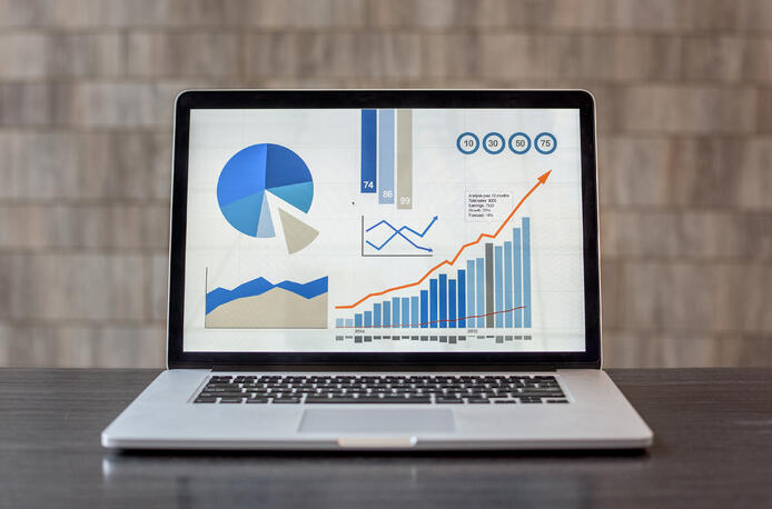 Keep an Eye on Sales Analytics: Your Complete Guide