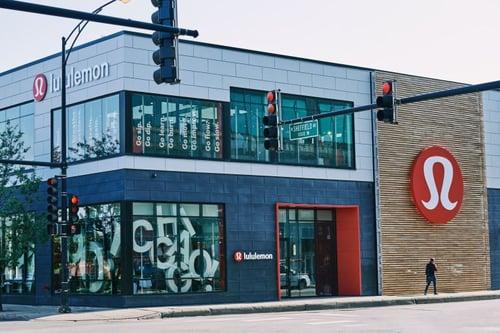 lululemon chicago store