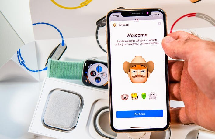 Memoji: How to Create Yours + Alternatives for Other Devices