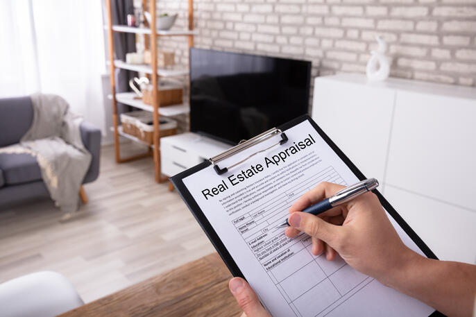 The Basics of a Home Appraisal (+ Free Checklist)