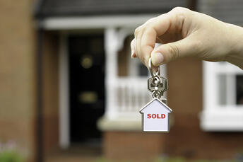 How to Prepare for a Real Estate Closing (+Tips for Success)
