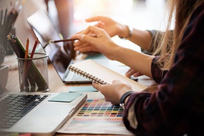 How to Become a UI Designer (+Salary Expectations)