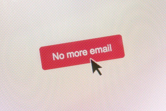 What is an Email Unsubscribe Rate? (+How to Calculate and Keep It Low)