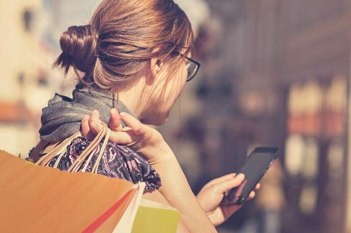 What Is SMS? (+How SMS Can Help Your Business)