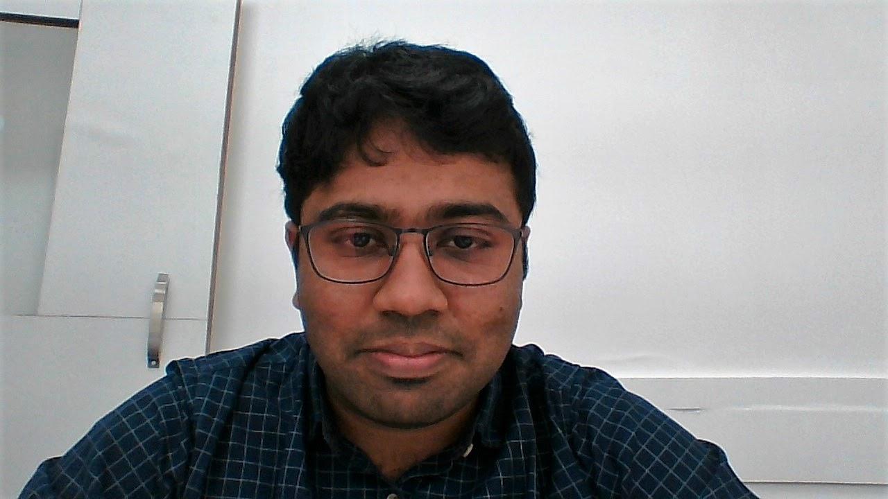 Praveen Swaminathan photo