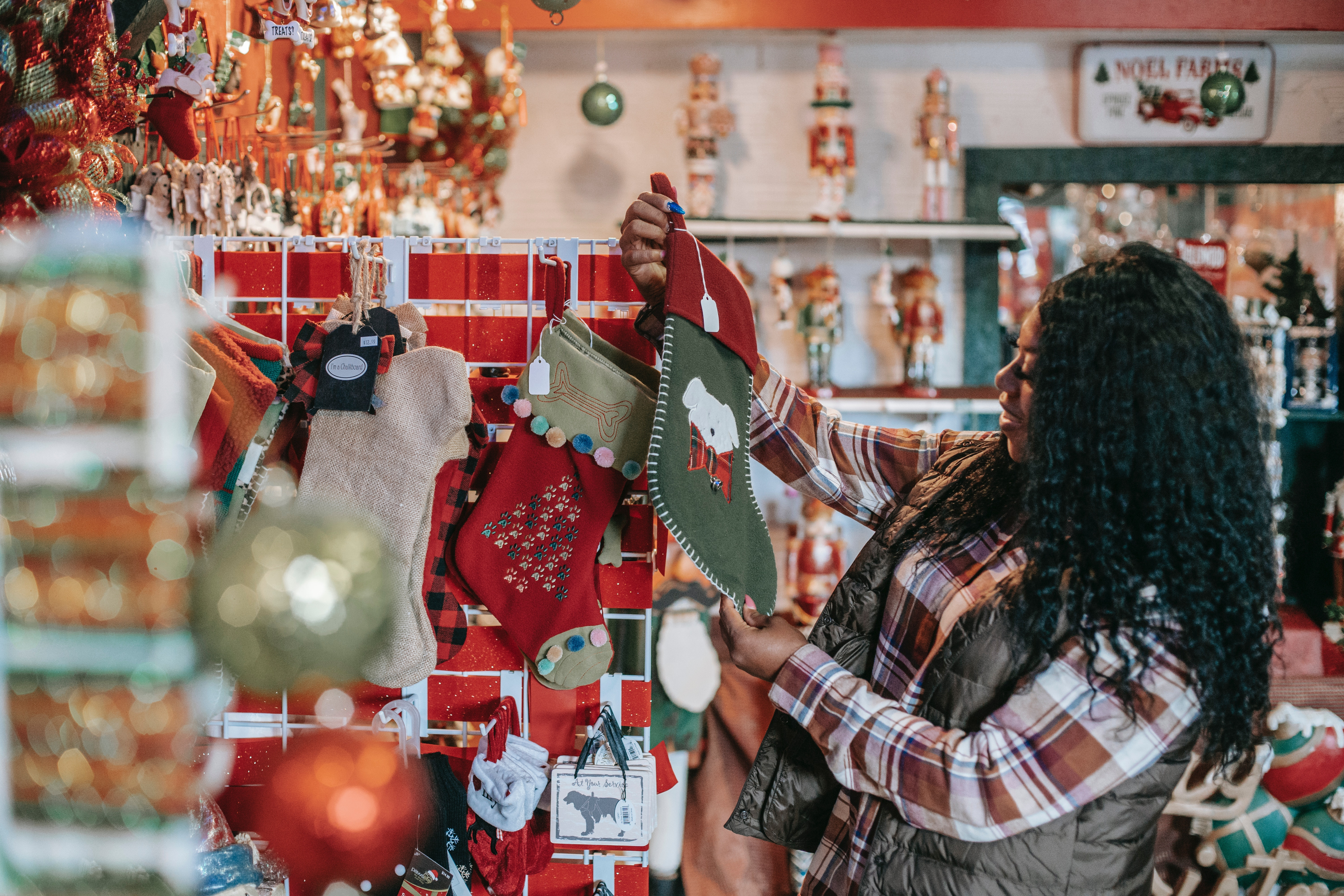 Supply Chain on the Verge of Collapse Ahead of the Holiday Season