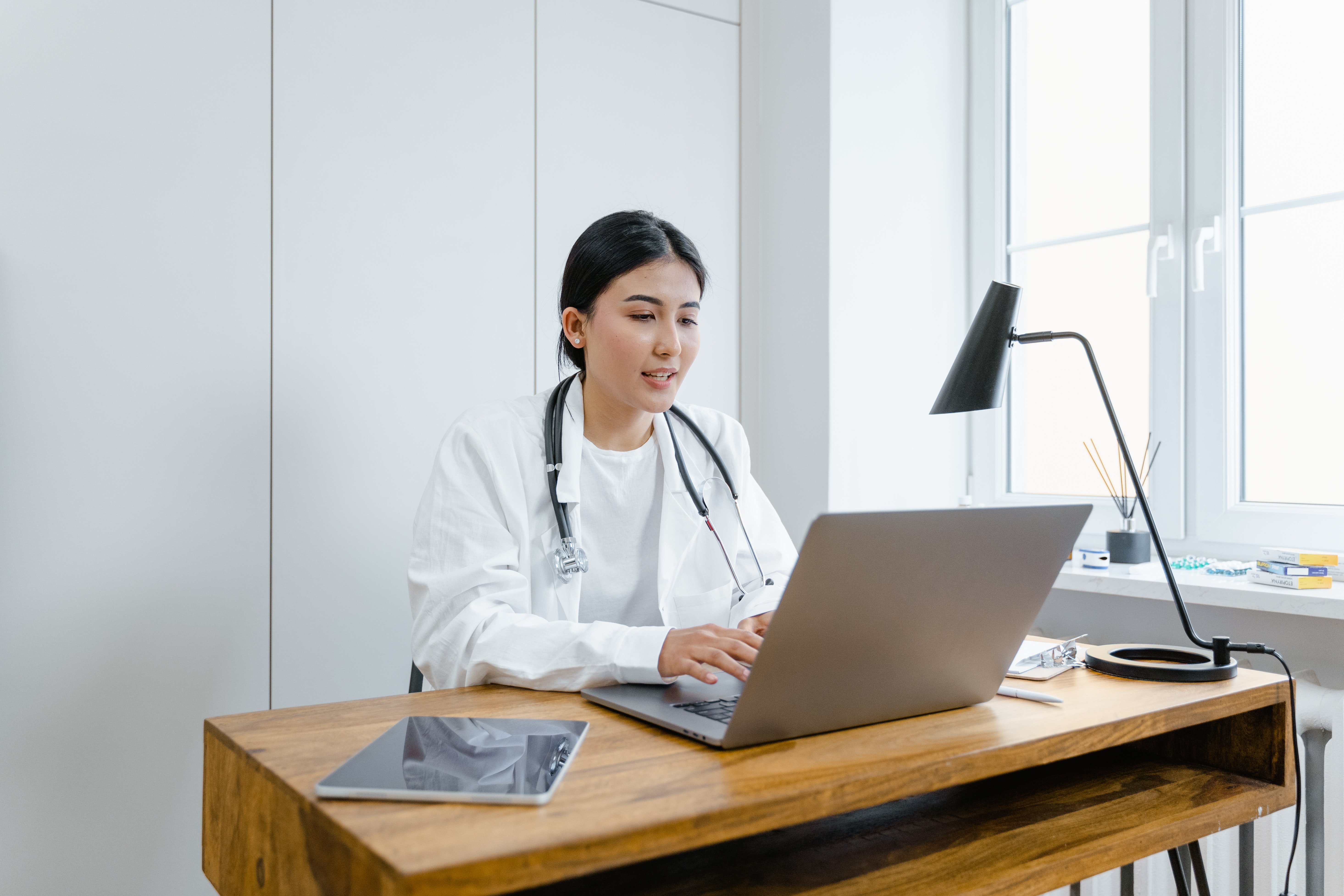 HIPAA Compliant Messaging in the Cloud