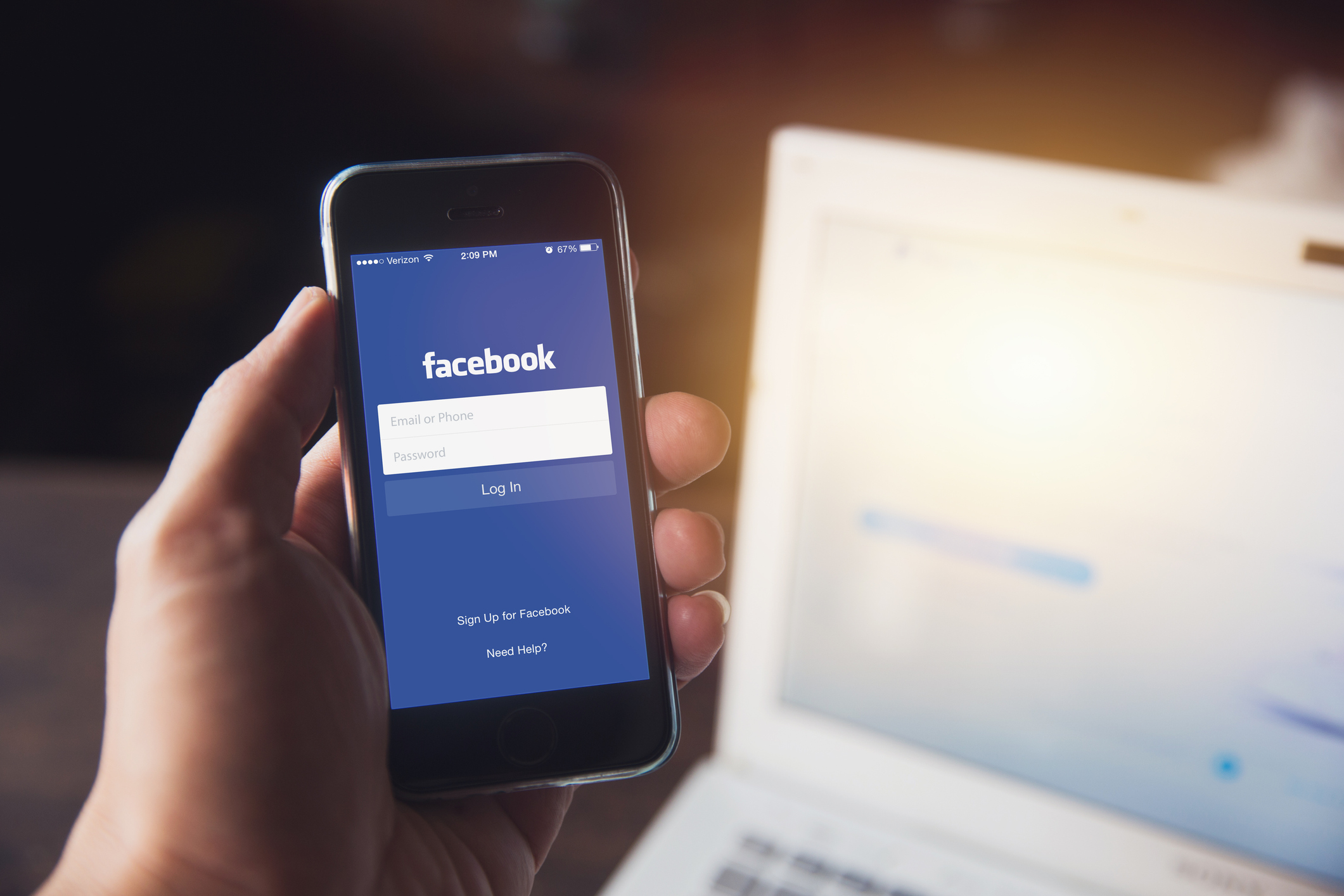 Facebook Lite: Join Over 1 Billion Users Saving Phone Data