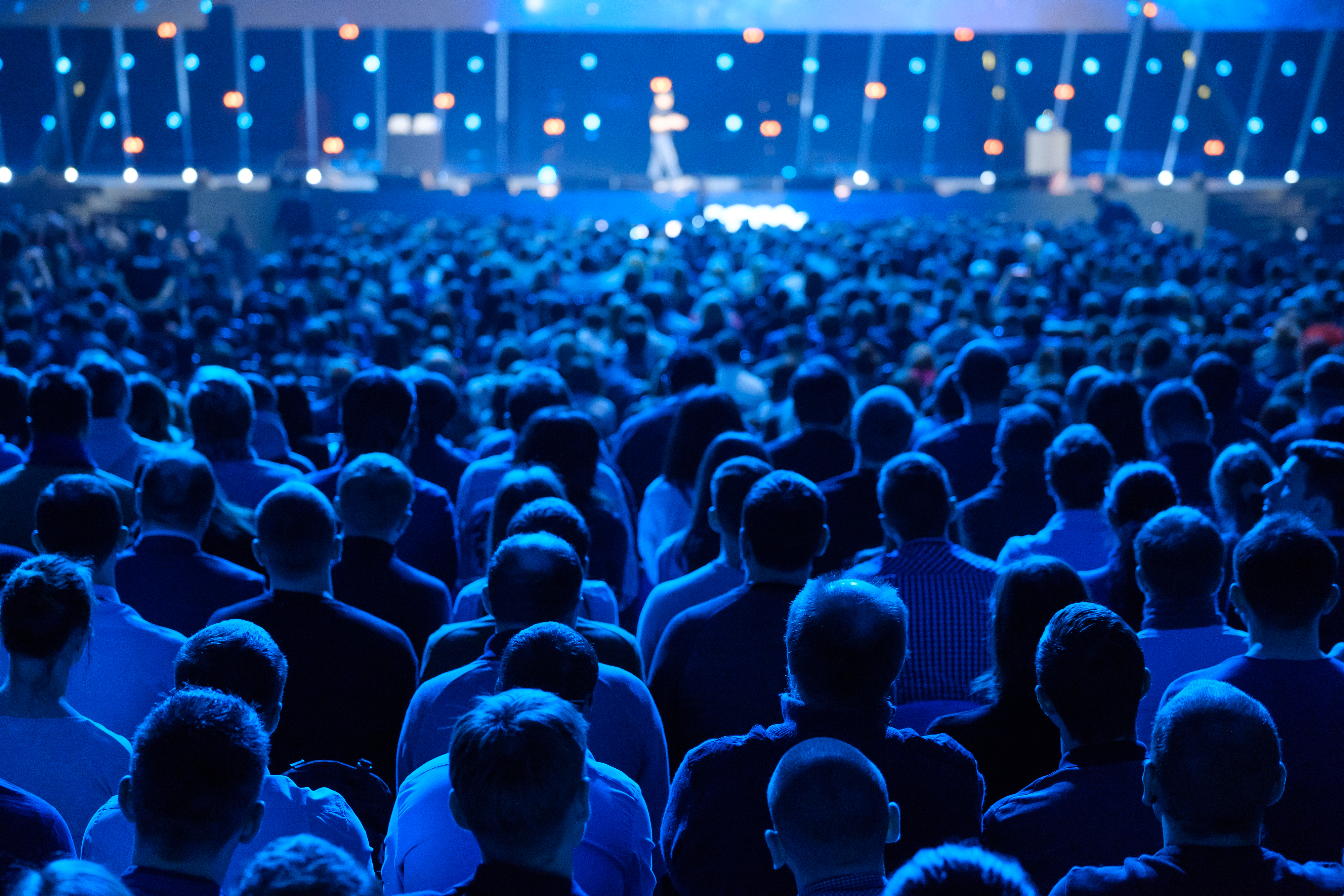 How to Enhance Visitor Experience at Conferences (+5 Tips to Follow)