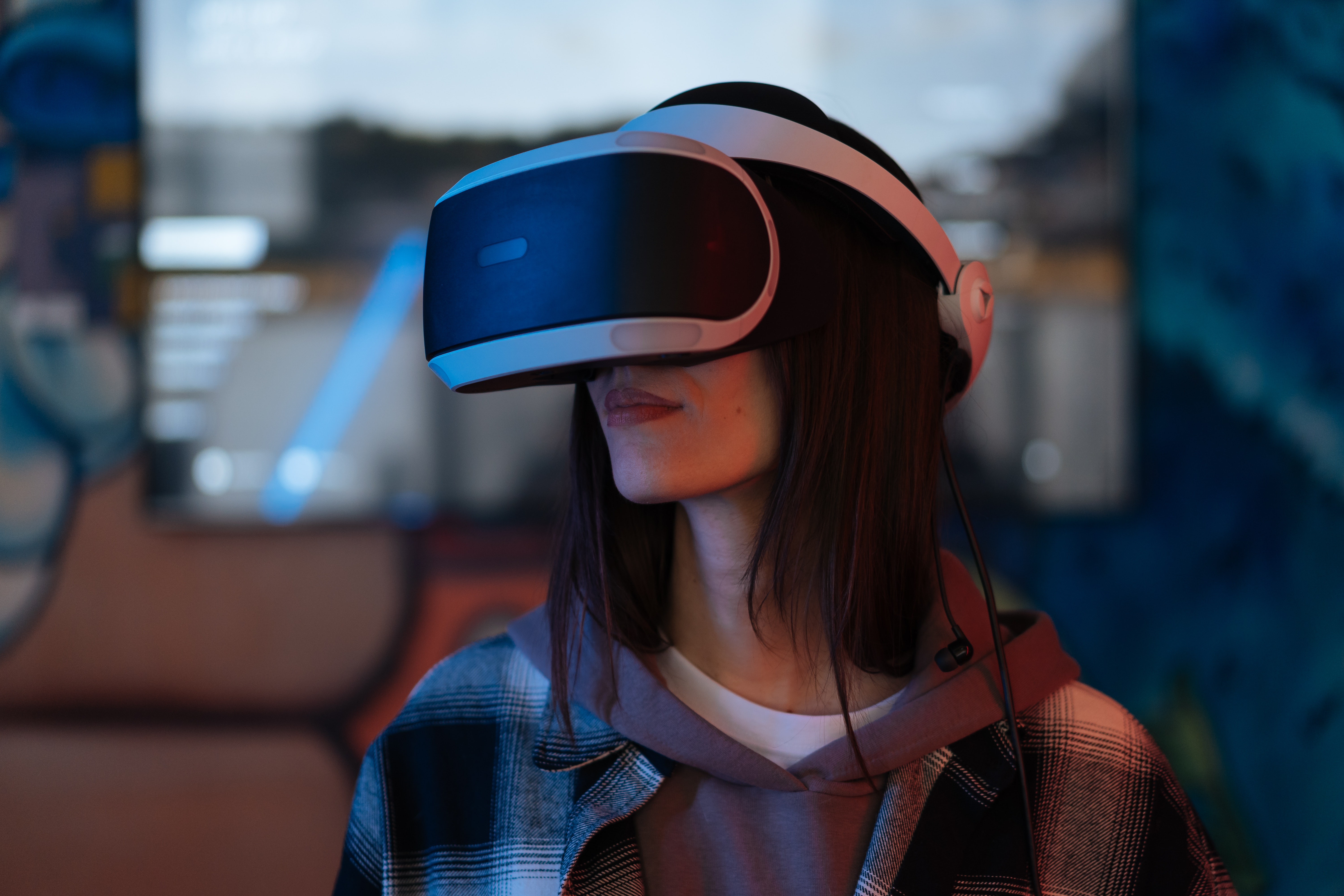 Facebook Plans to Rebrand and Hire to Emphasize the Metaverse